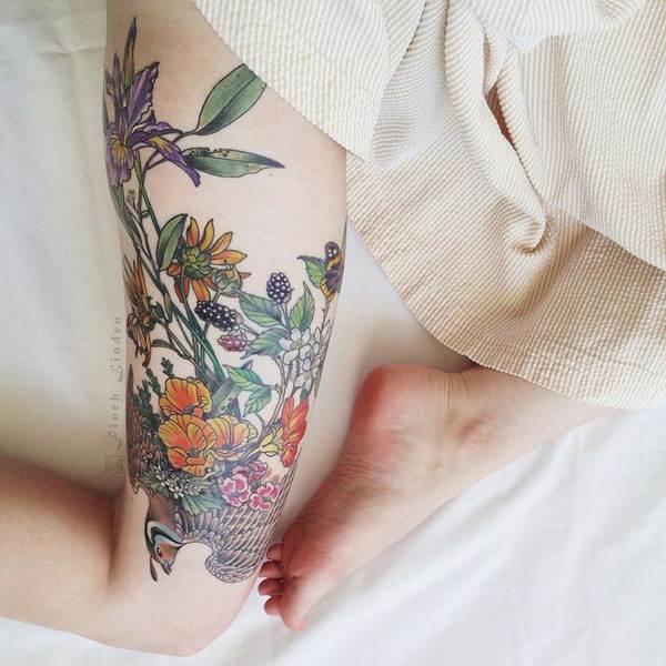 Thigh Tattoos for Women.16