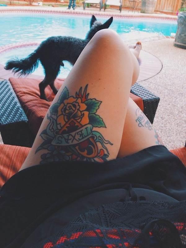 Thigh Tattoos for Women.19