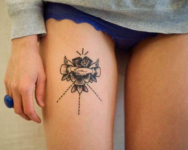 Thigh Tattoos for Women.3