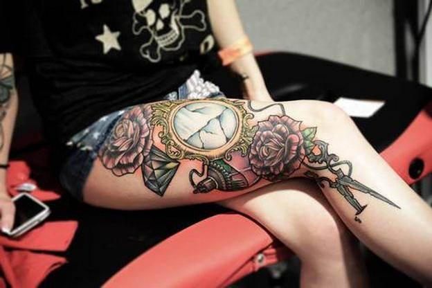 Thigh Tattoos for Women.1