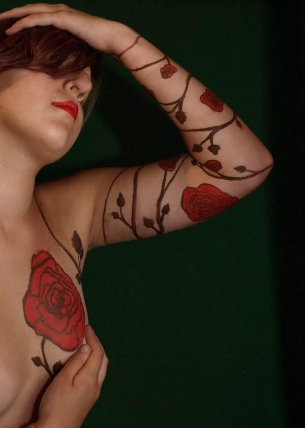 Rose Tattoo Designs for Girls35