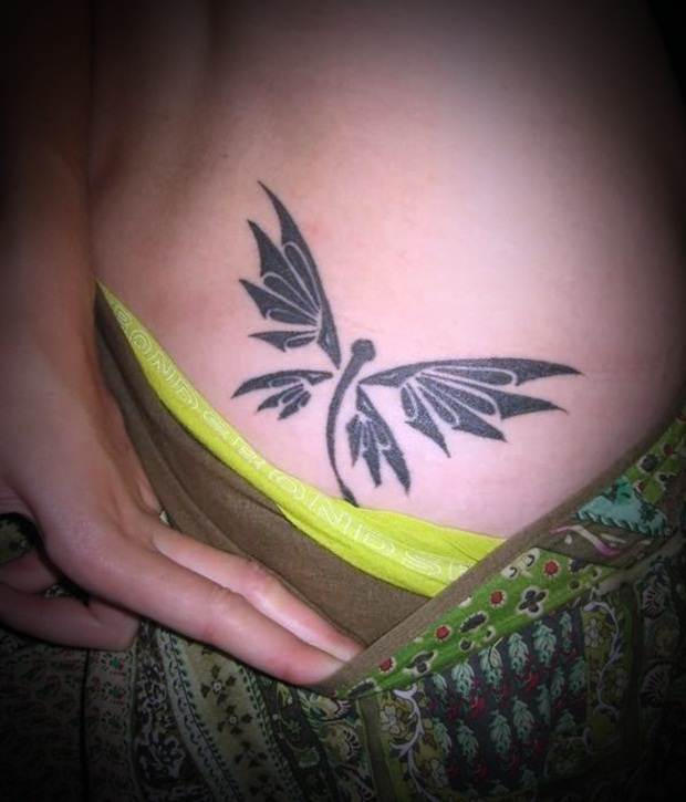 Sexy Lower Back Tattoos for Women (15)