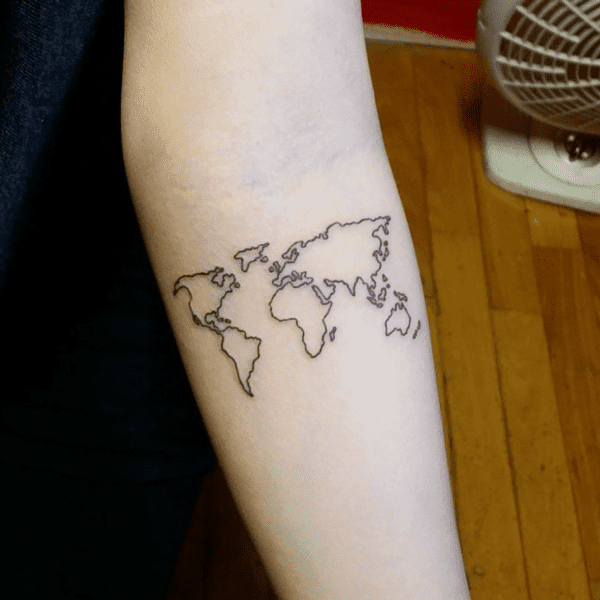 Relevant Small Tattoo Ideas and Designs for Girls0251