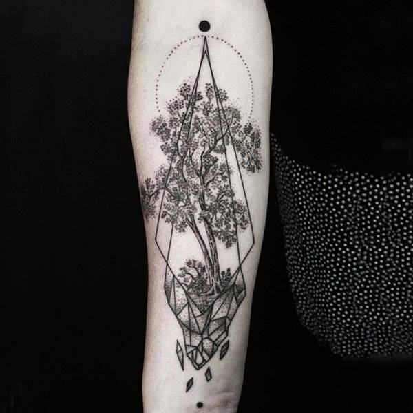 Geometric tattoo designs and ideas30