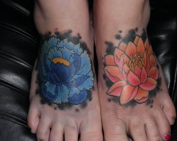 Lotus Flower Tattoos36