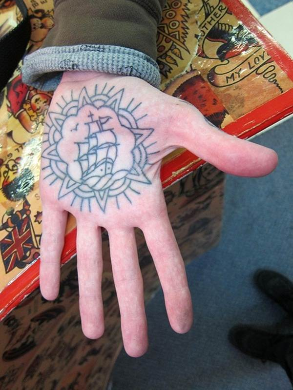 palm tattoos (21)