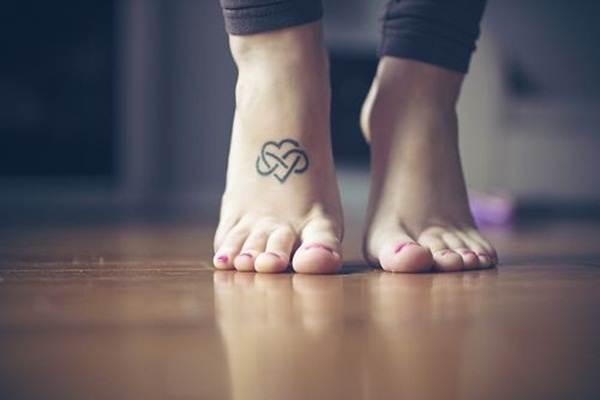 Heart Tattoo Designs (13)