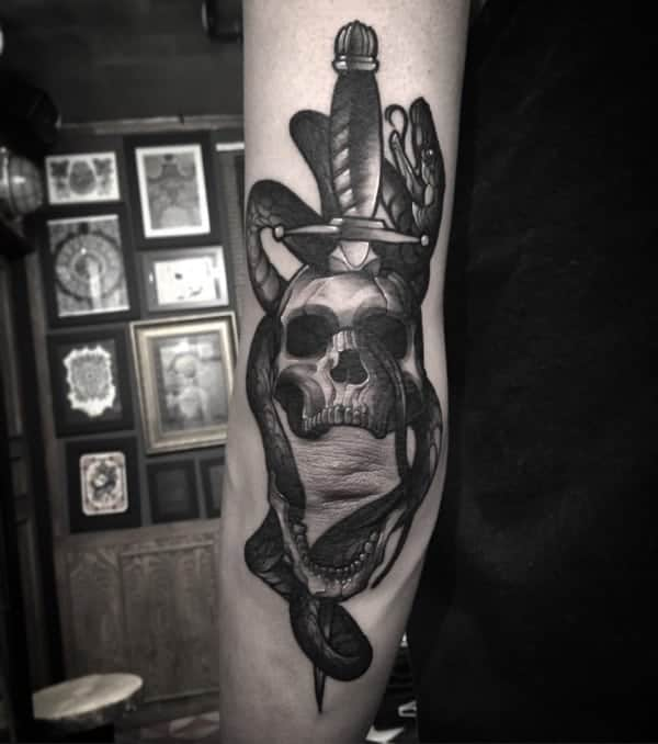 awesome-sword-tattoos-ideas0541