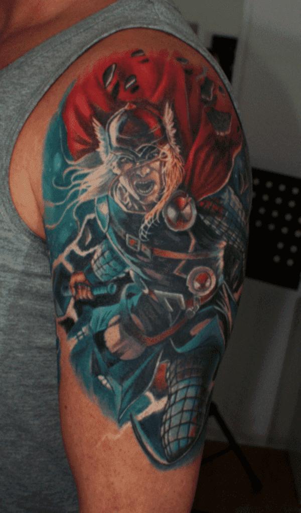 eye-catching-superhero-tattoos-designs0011