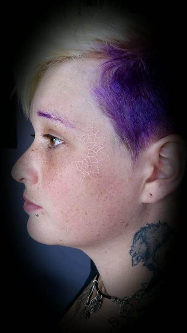 121115-white-ink-tattooswhite ink tattoos-28