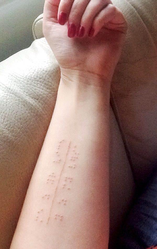 121115-white-ink-tattooswhite ink tattoos-48