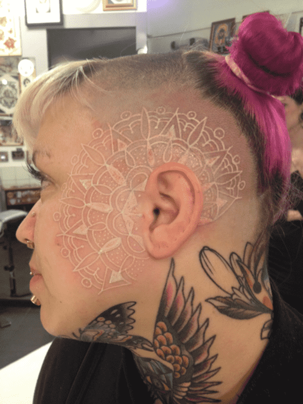 121115-white-ink-tattooswhite ink tattoos-9