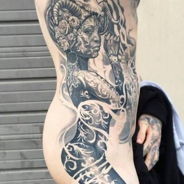 hip-tattoo