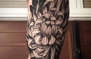 Gorgeous Chrysanthemum Tattoo Ideas