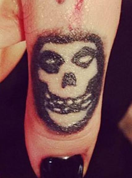 Ash Costellos Tattoos - Skull Tattoo