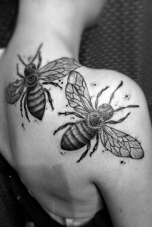 Animal Tattoo on Shoulder Blade