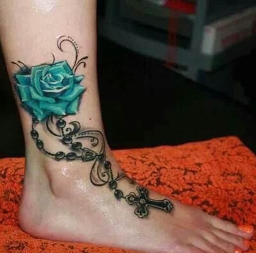 Rose tattoos: Girls tattoo
